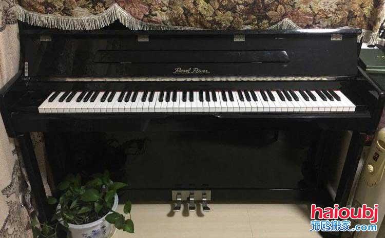 昆明专业搬钢琴电话,钢琴搬迁,立式钢琴搬运费多少.jpg